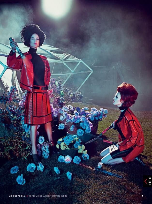 CarolynMurphy&KarenElson'HothouseFlowers'byStevenKleinVogueUS