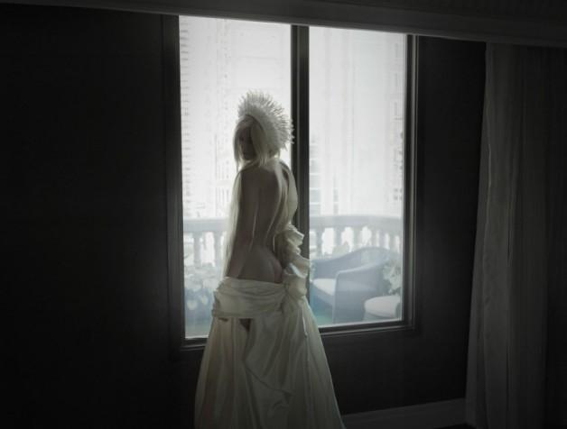 GerganaPopovain'Solitude'bySuratJariyawatanawijitNuméroThailand