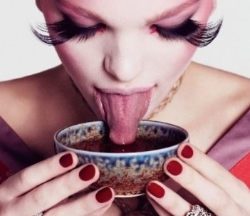 Daphne Groeneveld in 'The Geisha' by Paola Kudacki, Flair Magazine Spring 2013