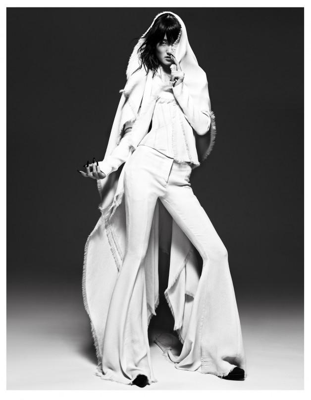 Lina Zhang by Yin Chao (The Gentle Woman - Harper's Bazaar China April 2013) 4