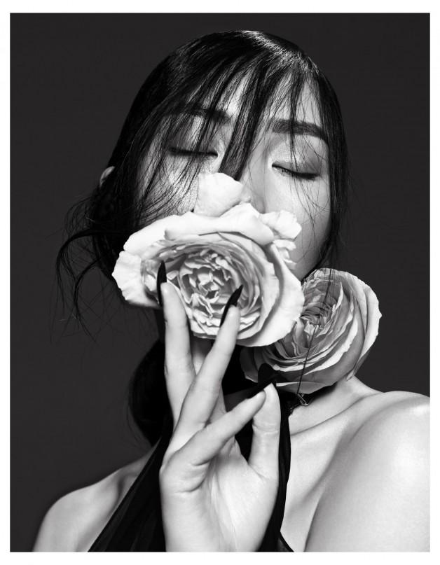 Lina Zhang by Yin Chao