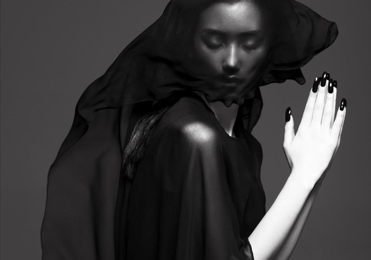 Lina Zhang by Yin Chao (The Gentle Woman - Harper's Bazaar China April 2013) 9