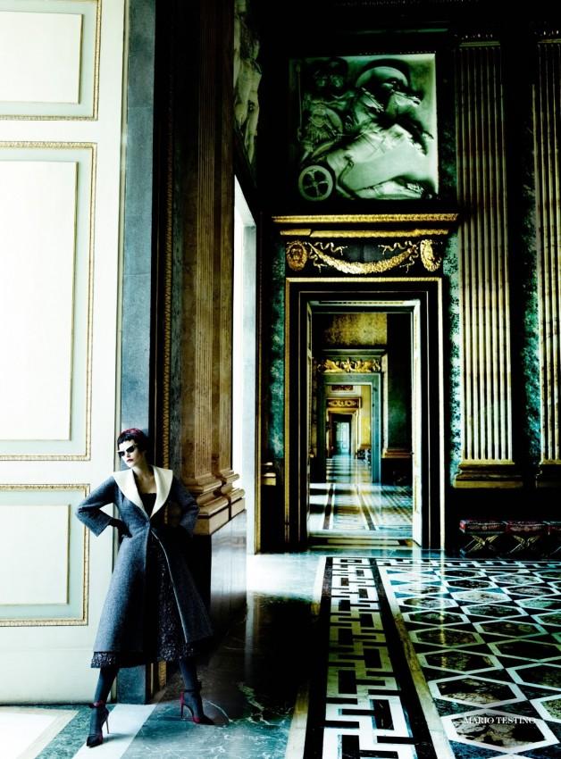 Catherine McNeil 'Prima Donna' by Mario Testino Vogue UK 1