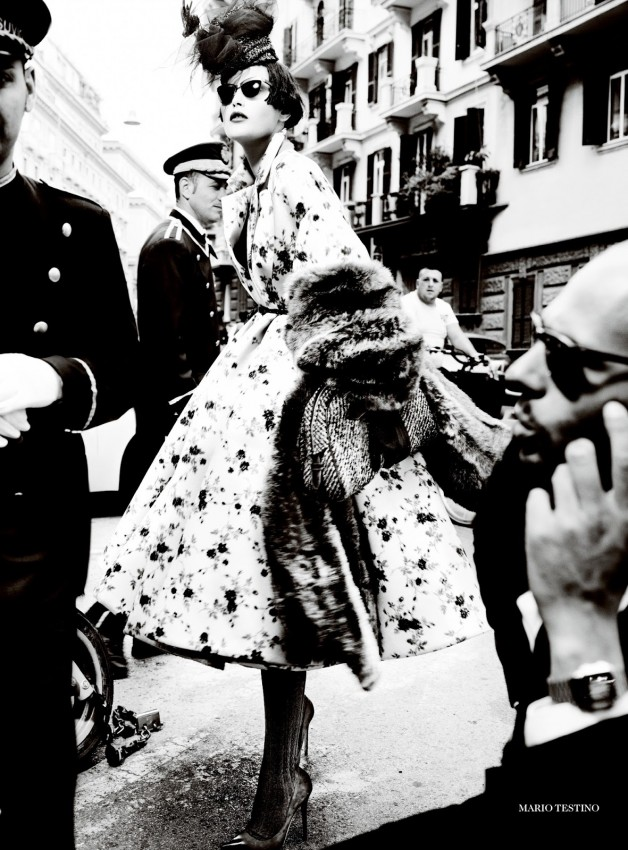 Catherine McNeil 'Prima Donna' by Mario Testino Vogue UK 11