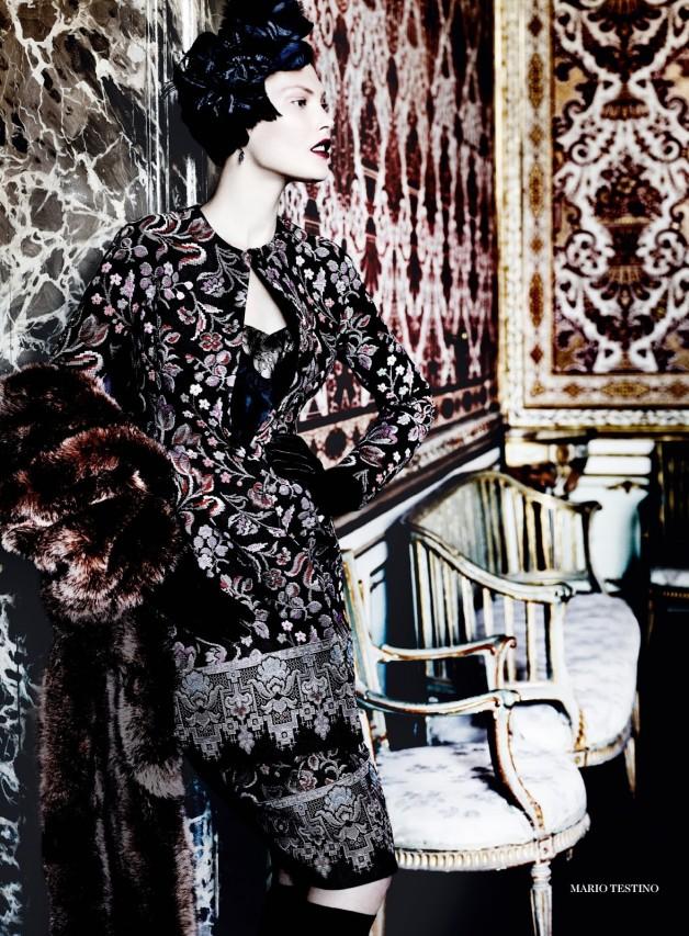 Catherine McNeil 'Prima Donna' by Mario Testino Vogue UK 16