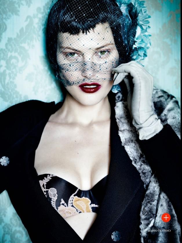 Catherine McNeil 'Prima Donna' by Mario Testino Vogue UK 3