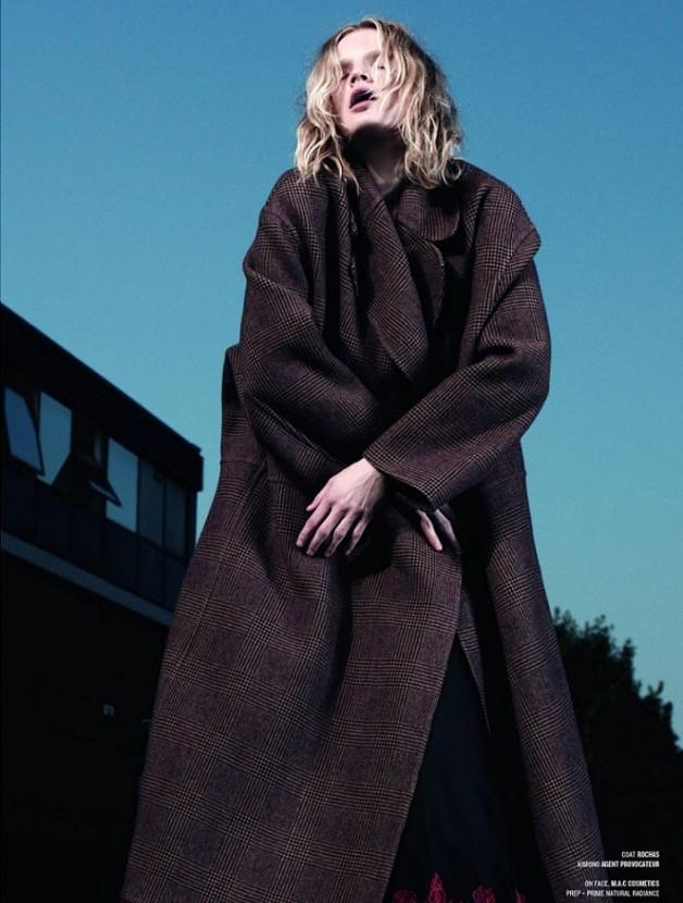 Guinevere van Seenus by Willy Vanderperre for V Magazine 3