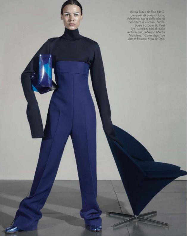 Next-Level-Steven-Meisel-Vogue-Italia-02