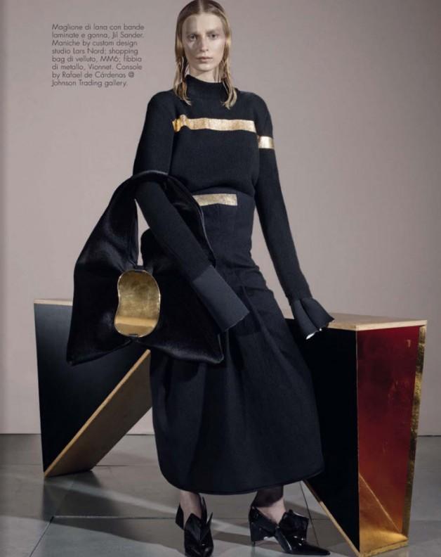 Next-Level-Steven-Meisel-Vogue-Italia-09