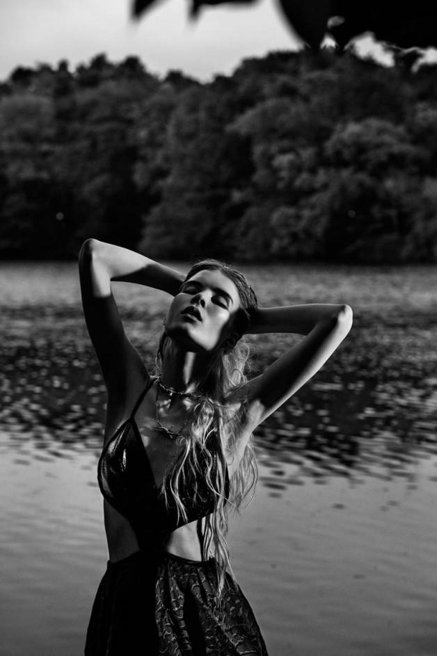 Elsa Sylvan by Elle Muliarchyk for Gravure Magazine 4