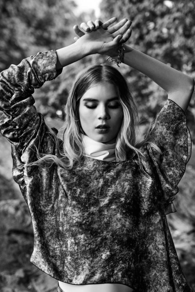Elsa Sylvan by Elle Muliarchyk for Gravure Magazine 7