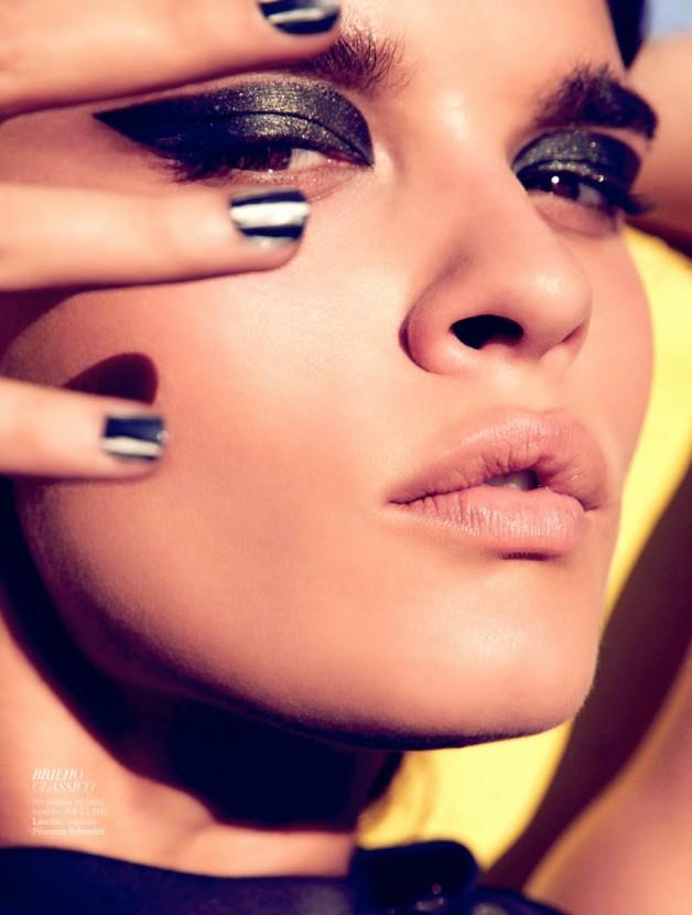 Crystal Renn By Dusan Reljin For Harper's Bazaar Brasil 6