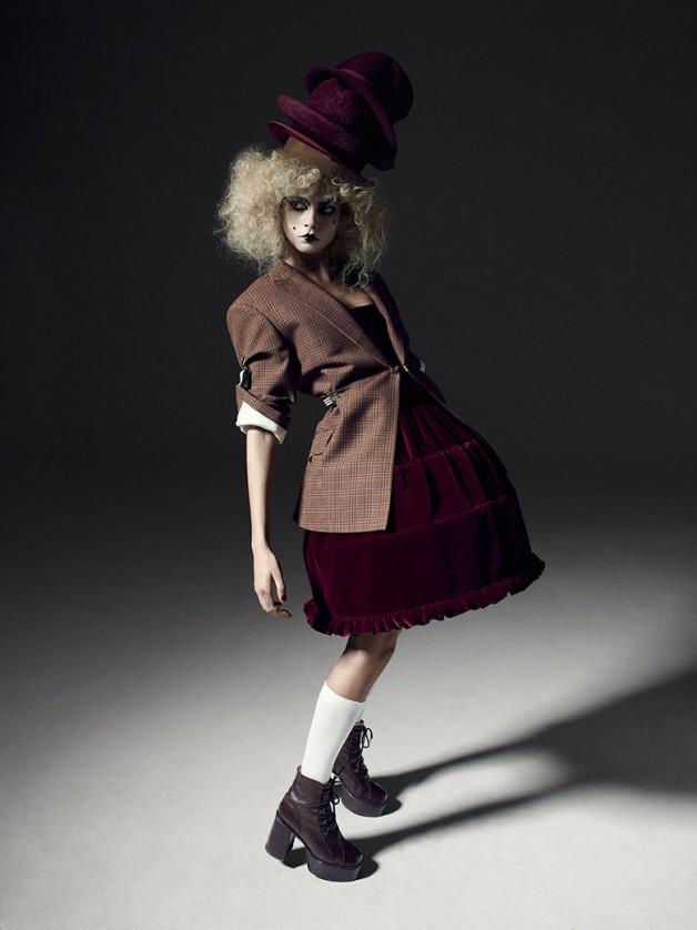 cara-delevingne-for-i-d-magazine-winter-2013-5