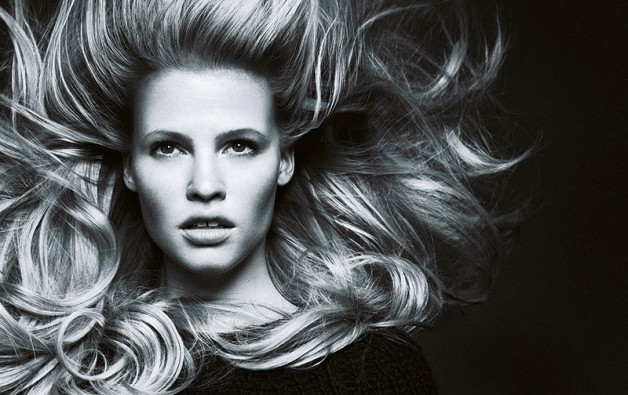 lara-stone-by-nico-for-madame-figaro-october-2013-14
