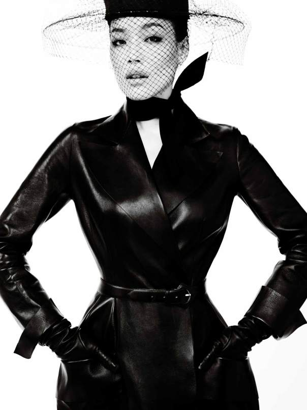 shu-qi-by-mario-testino-for-vogue-china-december-2013-4