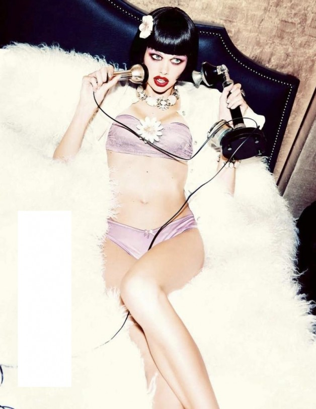 sexy-boudoir-glam-cabaret-by-ellen-von-unwerth-for-madame-figaro-december-2013-4