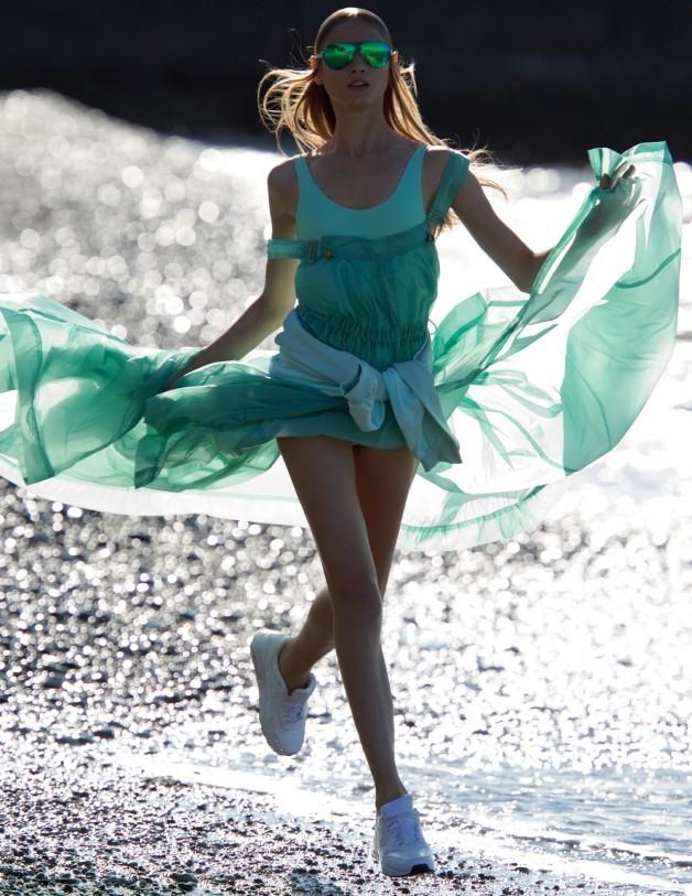 Anna Selezneva By Hans Feurer For Vogue Russia 16