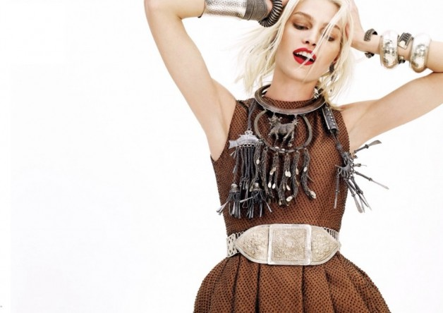 Aline-Weber-By-Nat-Prakobsantisuk-Vogue-Thailand-February-2014-12-1024x664