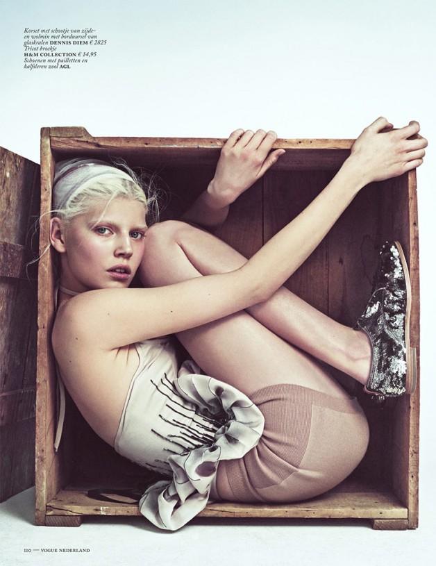 Ola Rudnicka for Vogue Netherlands 16