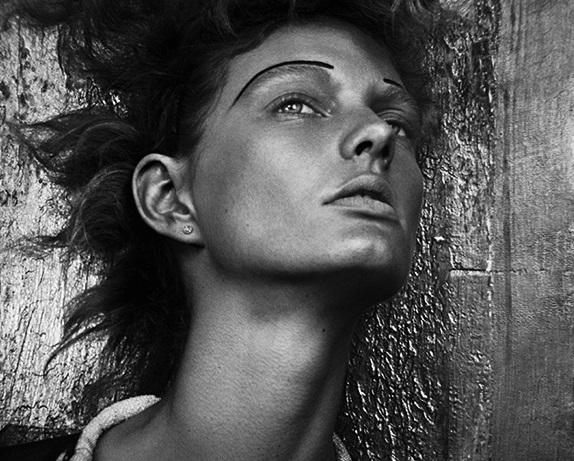 Patricia van der Vliet by Dima Hohlov for Wonderland Magazine