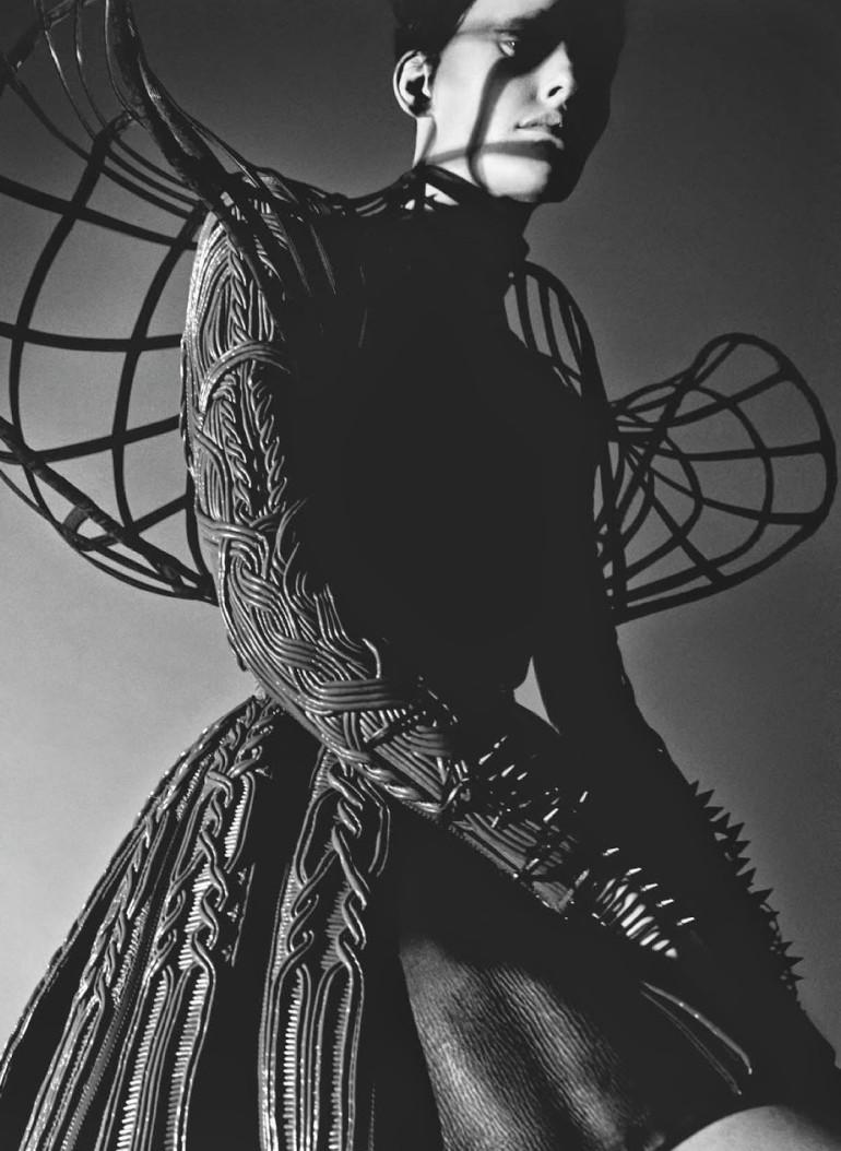 Amanda Murphy in 'Créature' By Greg Kadel For Numéro 155 10