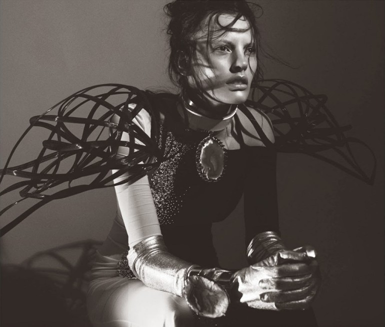Amanda Murphy in 'Créature' By Greg Kadel For Numéro 155 19