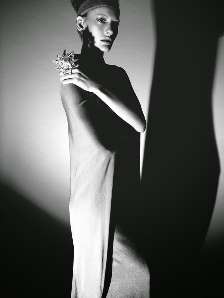 Amanda Murphy in 'Créature' By Greg Kadel For Numéro 155 25