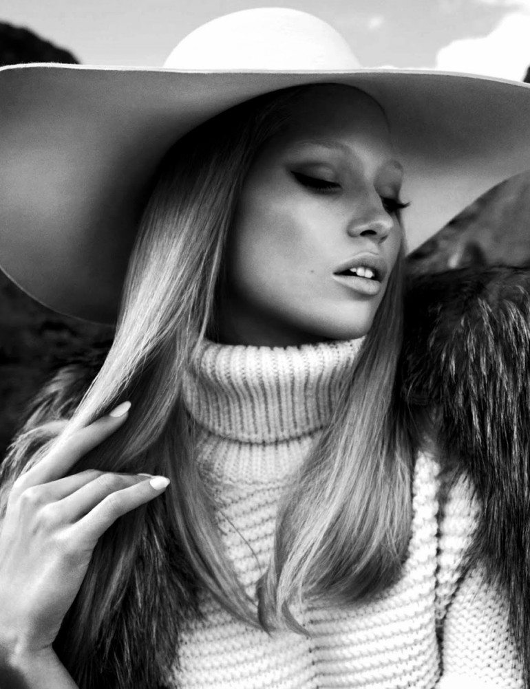 Hana Jirickova By Txema Yeste For Numéro 4