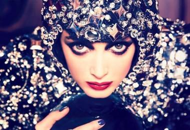 Charlotte-Lebon-by-Ellen-von-Unwerth-for-Vogue-Russia-August-2014-3