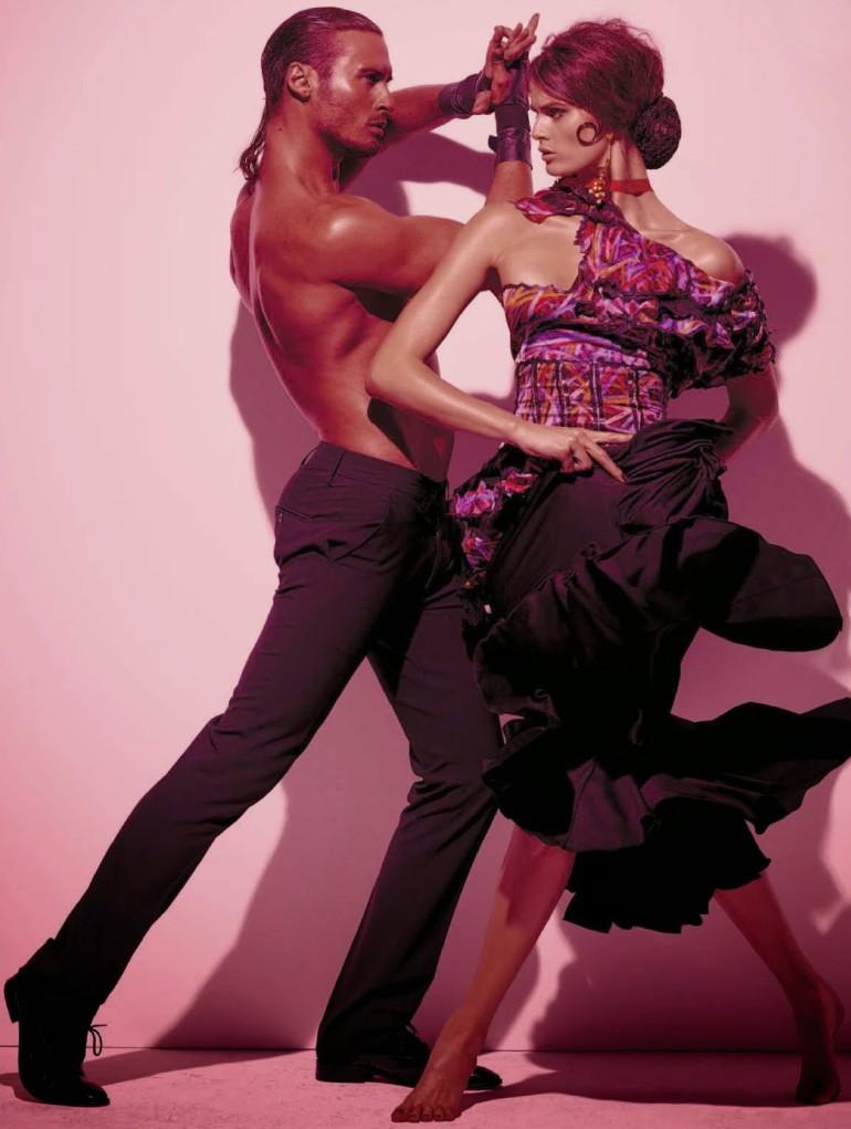Isabeli Fontana 'Tentadora' By Steven Meisel For Vogue Italia 10