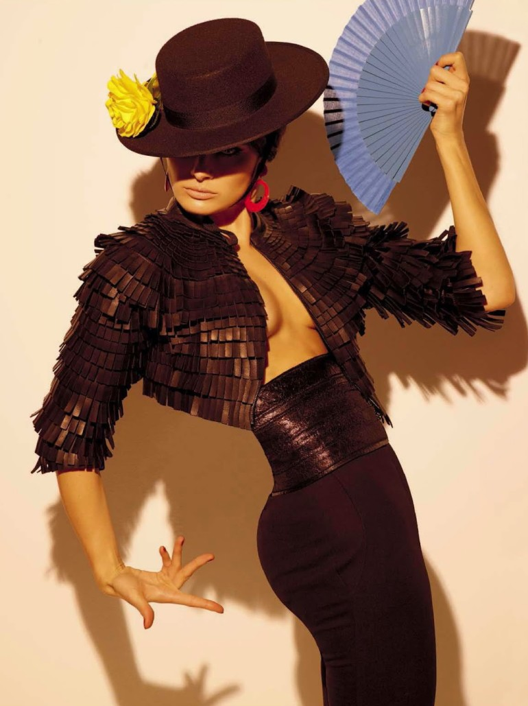 Isabeli Fontana 'Tentadora' By Steven Meisel For Vogue Italia 11