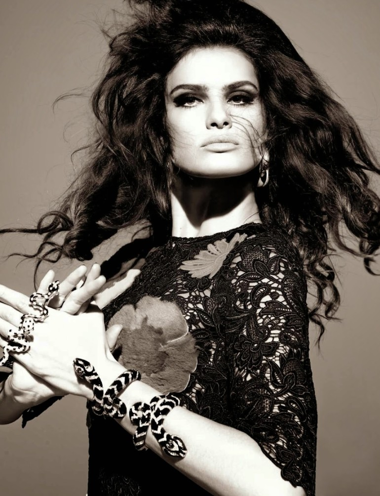 Isabeli Fontana 'Tentadora' By Steven Meisel For Vogue Italia 14