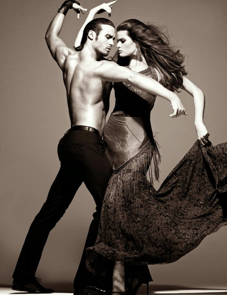 Isabeli Fontana 'Tentadora' By Steven Meisel For Vogue Italia 5