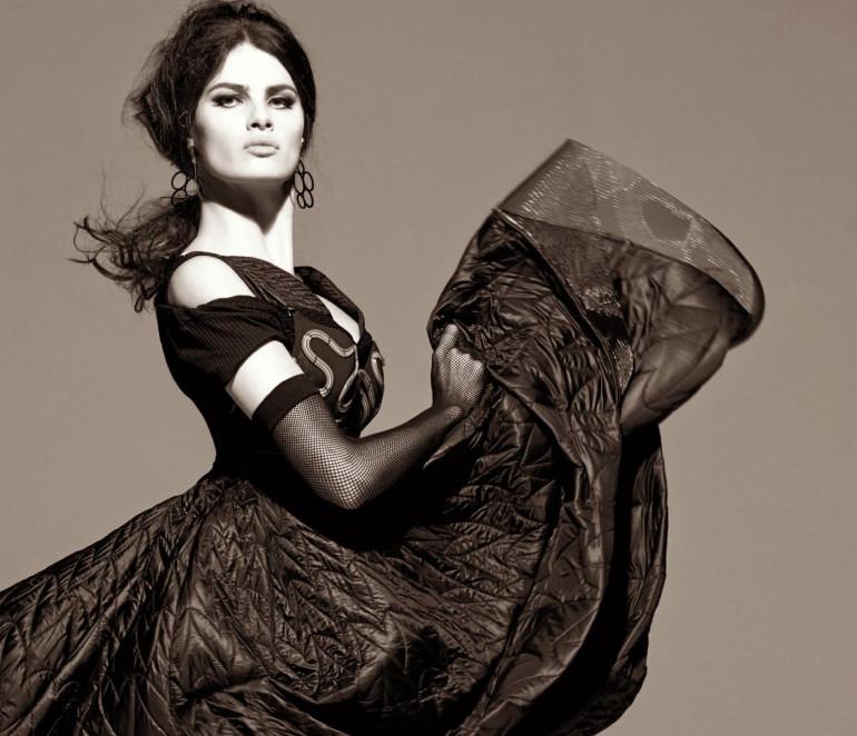 Isabeli Fontana 'Tentadora' By Steven Meisel For Vogue Italia 6