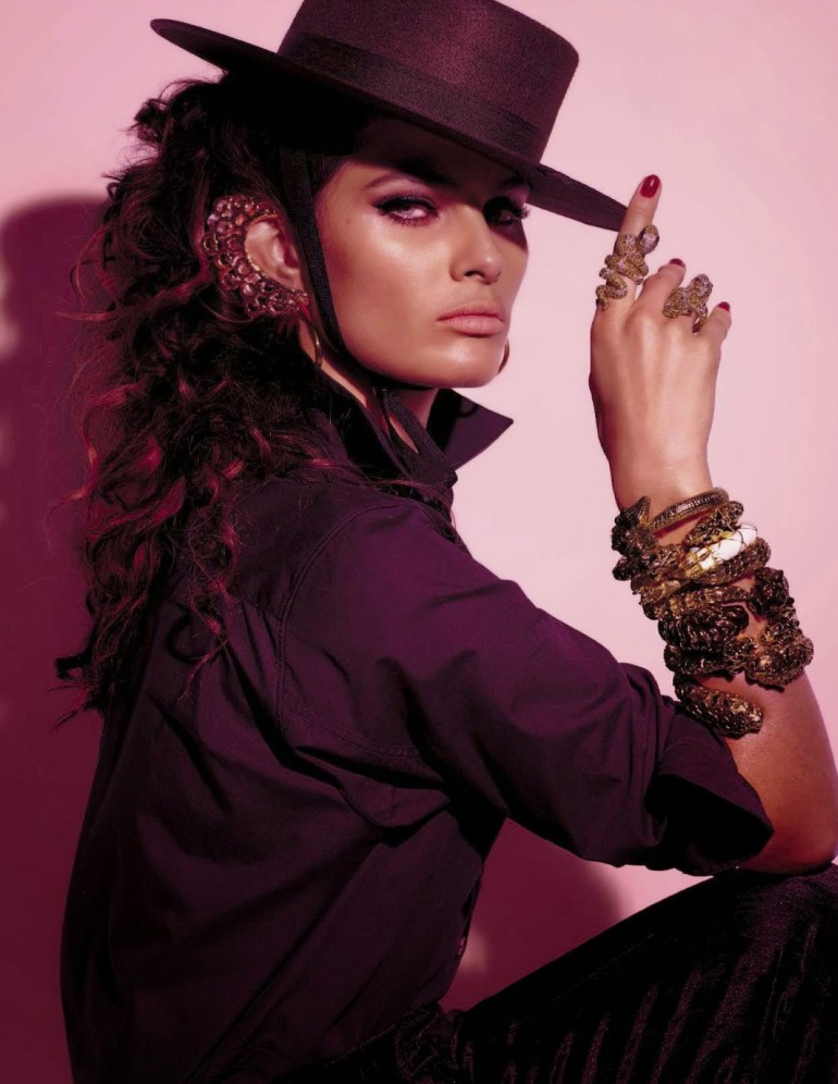 Isabeli Fontana 'Tentadora' By Steven Meisel For Vogue Italia 9