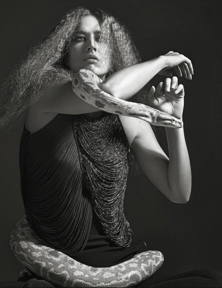 Raquel Zimmermann 'Nouvelle Eve' By Mario Sorrenti For Vogue Paris 8