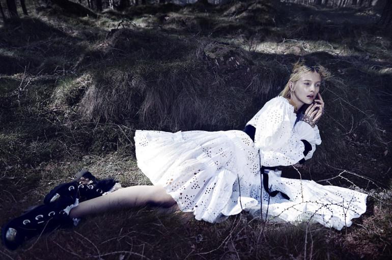 Nastya Sten & Sophie Touchet By Phil Poynter For Vogue Germany 11