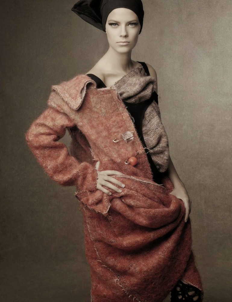 shape-shift-steven-meisel-vogue-italia-october-2014-3