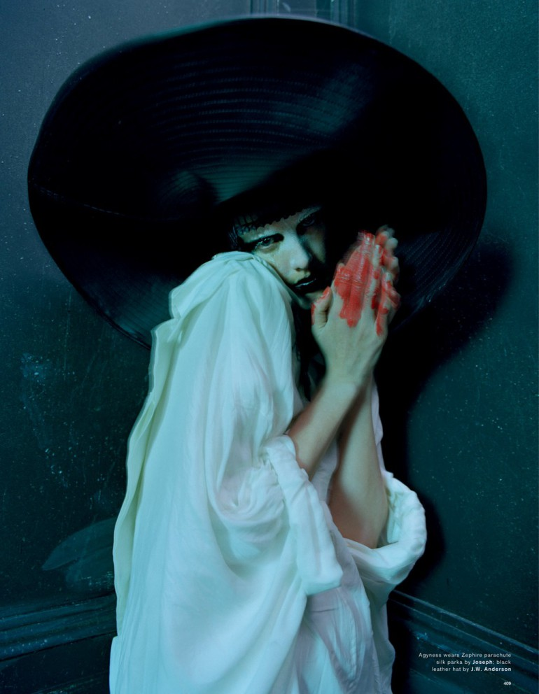 Agyness Deyn by Tim Walker for Love Magazine 20