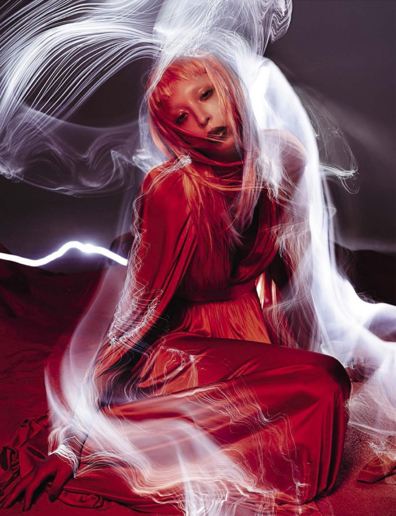 Issa Lish 'In The Dreamy Red Mood' Sølve Sundsbø Vogue Italia 011
