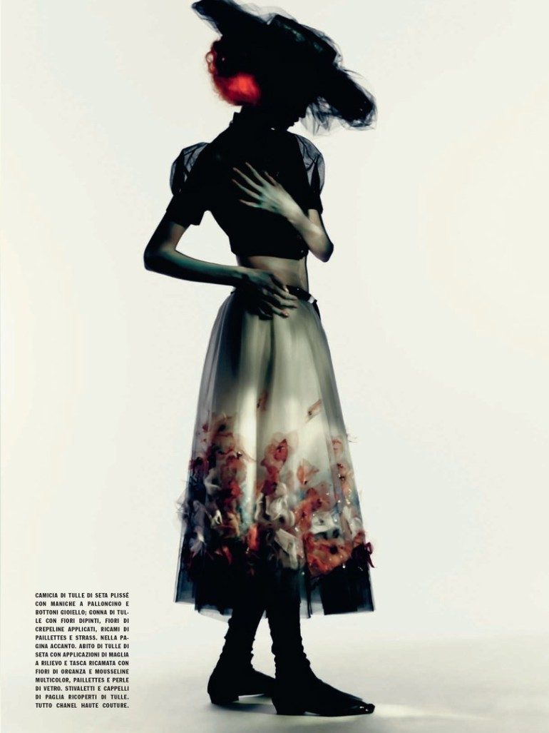 Molly Blair 'Full Bloom' Paolo Roversi for Vogue Italia 3