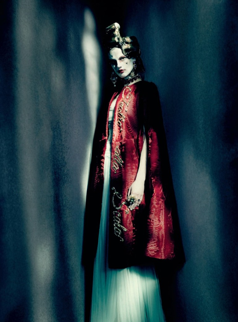 Saskia De Brauw by Paolo Roversi for Vogue Italia