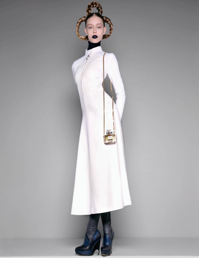 'Beauty Queens' by Brigitte Niedermair For Harper's Bazaar Uk 32
