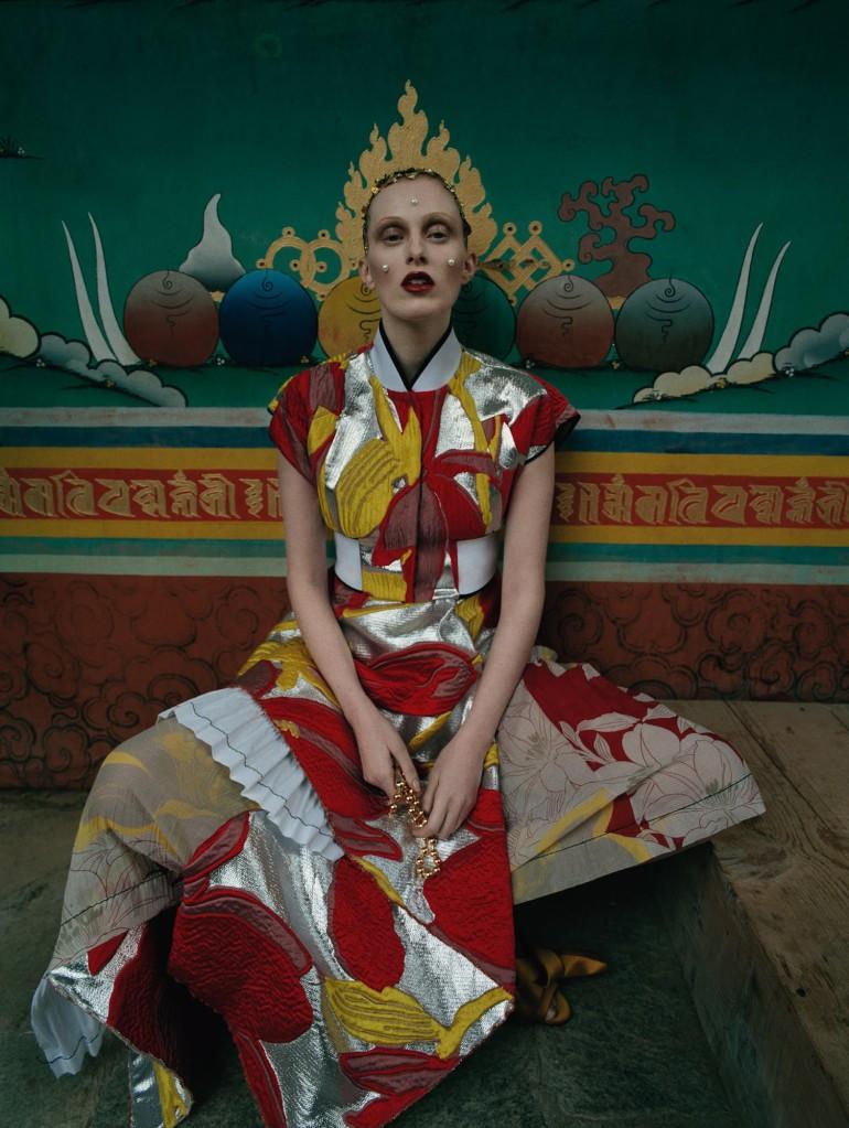 Karen Elson by Tim Walker for Vogue UK 36