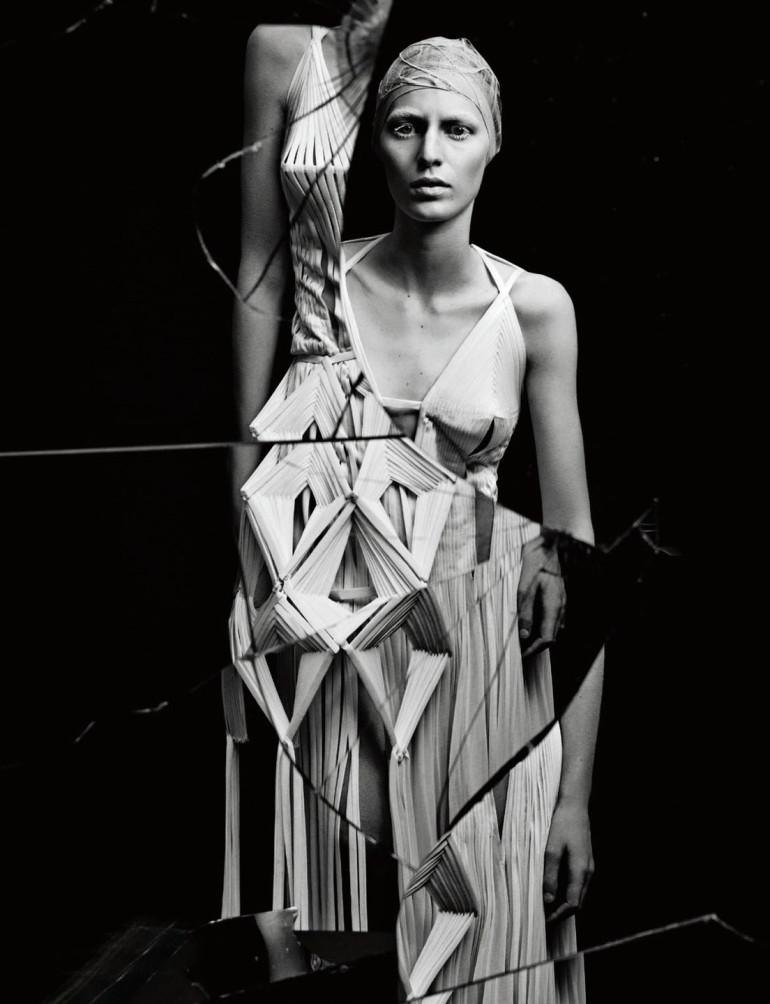 julia-nobis-by-craig-mcdean-for-interview-magazine-april-2015-5