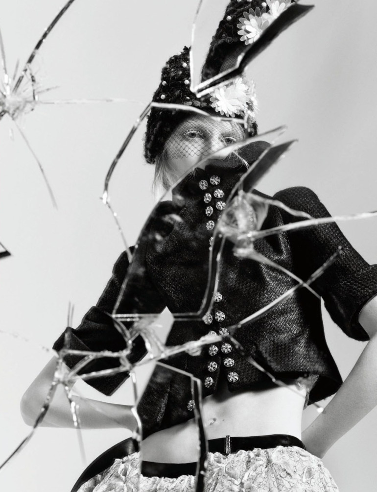 julia-nobis-by-craig-mcdean-for-interview-magazine-april-2015-7