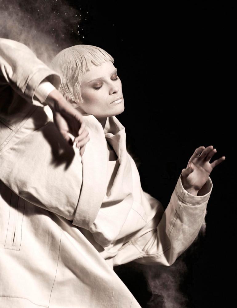 Elena Melnik By Ishi For Vogue Netherlands May 2015 1