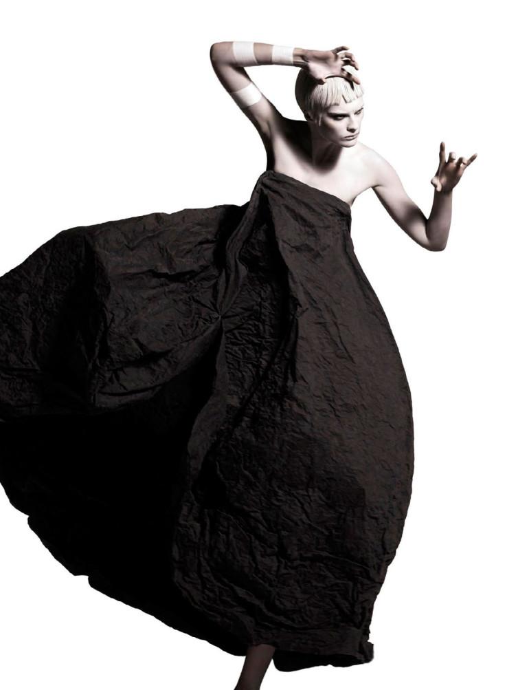 Elena Melnik By Ishi For Vogue Netherlands May 2015 5