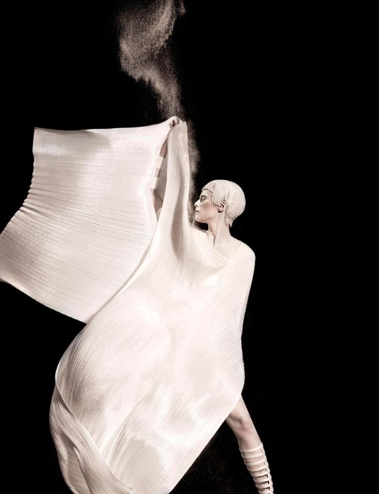 Elena Melnik By Ishi For Vogue Netherlands May 2015 6