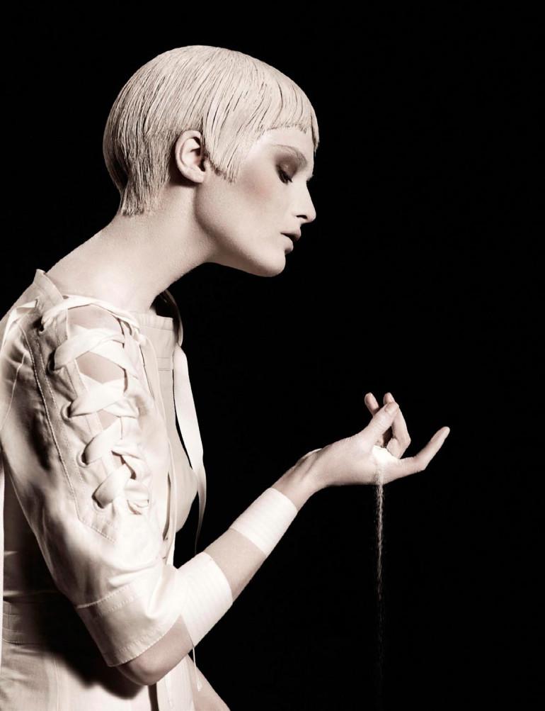 Elena Melnik By Ishi For Vogue Netherlands May 2015 7